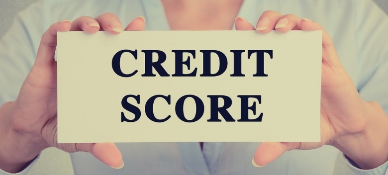 hands-holding-credit-score-sign-indicating-how-to-finance-equipment-when-you-have-bad-credit.jpeg