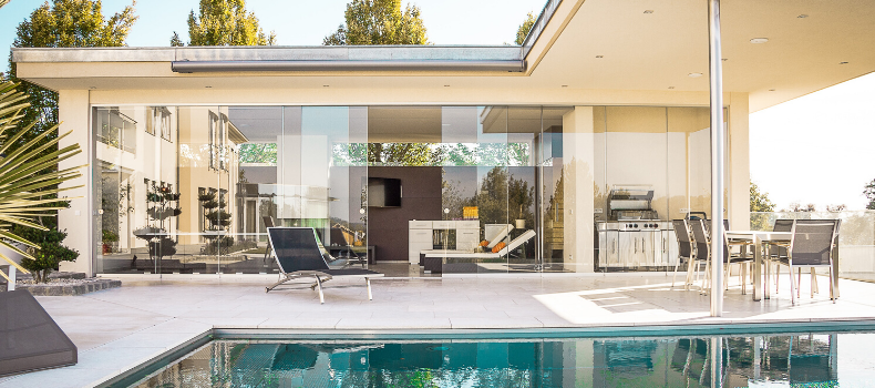 Modern house alfresco area with pool